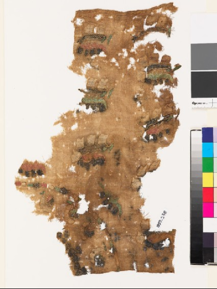 Textile fragment from a turban cover with sprays of flowers and leavesfront