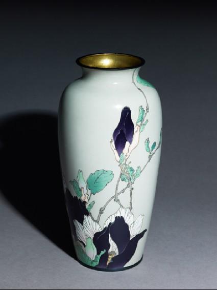Baluster vase with magnoliasoblique
