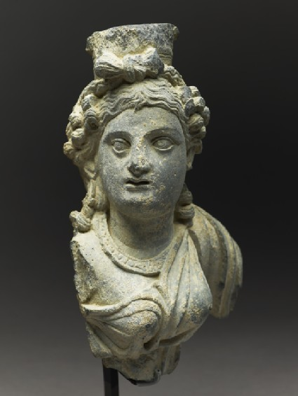 Fragmentary bust figure of the goddess Haritiside