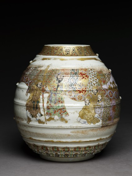 Satsuma style vase with archers and warriorsside