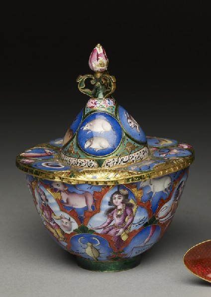 Lidded bowl with astrological decorationoblique