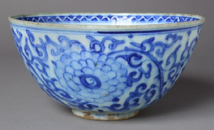 Bowl with peonies and scrollsfront