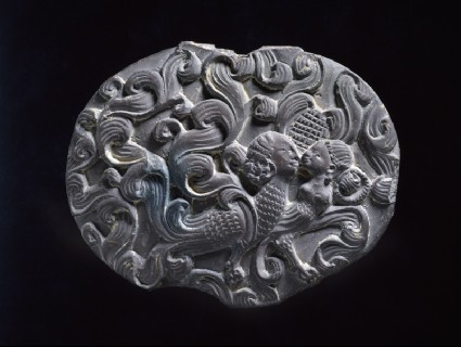 Box lid depicting a kinnara couplefront