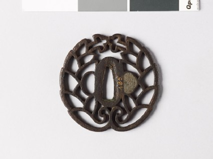 Tsuba with mon crest of the Hori of Iida familyfront