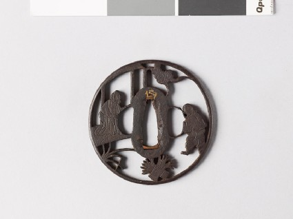 Round tsuba depicting Sōsan, a Paragon of Filial Virtue, and his motherfront