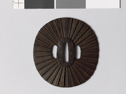 Tsuba with 32 radiating linesfront