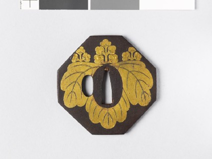 Octagonal tsuba with gosan-no-kiri, or paulownia leavesfront
