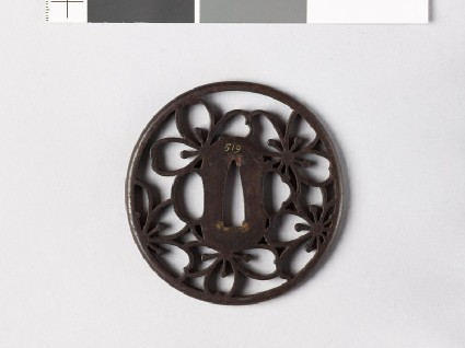 Tsuba with cherry blossomsfront