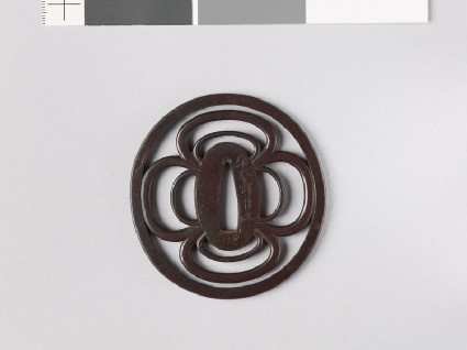 Tsuba with two concentric mokkō shapesfront