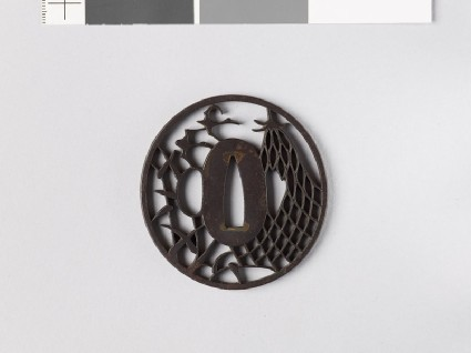 Tsuba with fisherman's net and wild geesefront