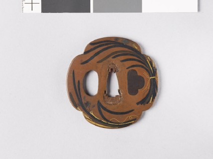 Mokkō-shaped tsuba with bunches of narcissusfront