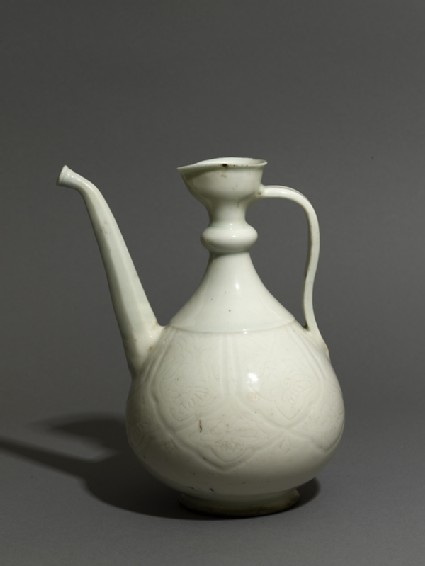 Ewer with incised floral decorationoblique