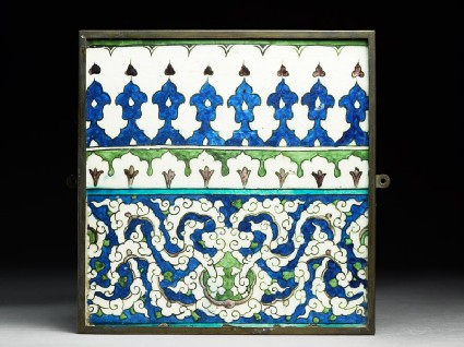 Frieze tile with floral patternsfront