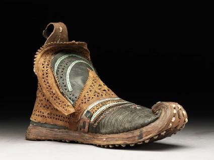 Man's bootside