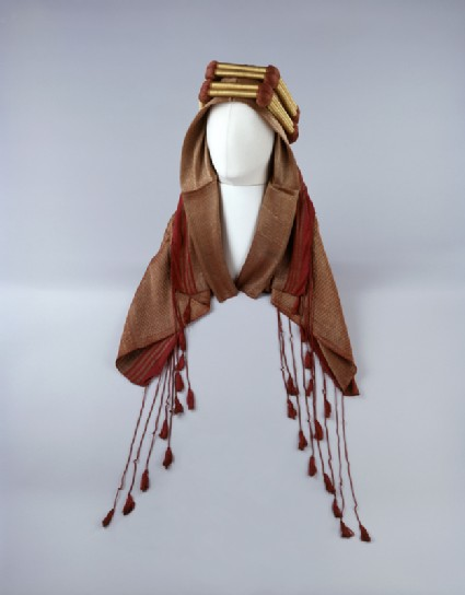 Arab headdressoblique