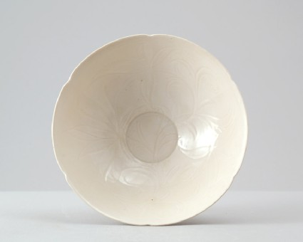 White ware bowl with lotus decorationfront