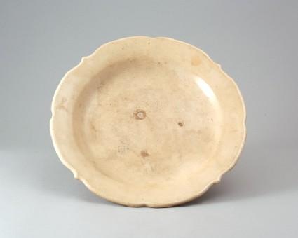 White ware dish with quatrefoil rimfront