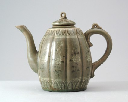 Greenware lobed ewer and lid with floral decorationfront