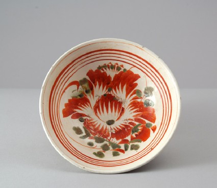 Cizhou ware bowl with peony decorationtop