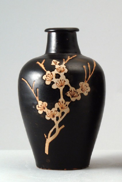 Black ware vase with plum blossom decorationfront