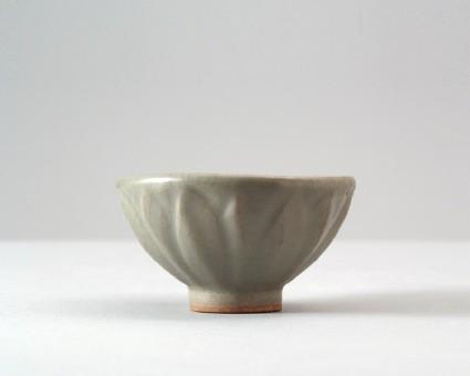 Greenware cup with lotus petalsfront