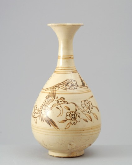 Cizhou type vase with two phoenixesfront