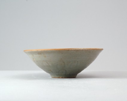 Greenware bowl with lotus petal decorationfront