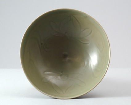 Greenware bowl with lotus decorationfront