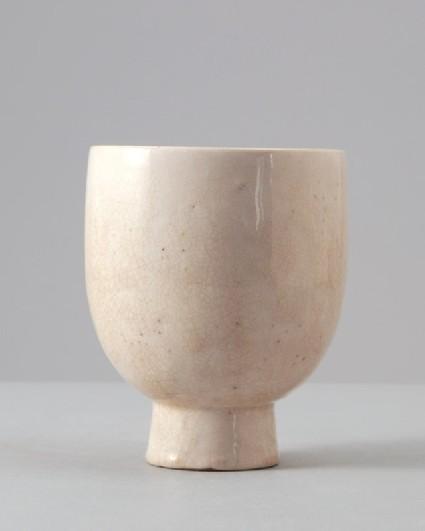 White ware cupfront