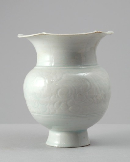 White ware vase with lobed rim and floral decorationfront