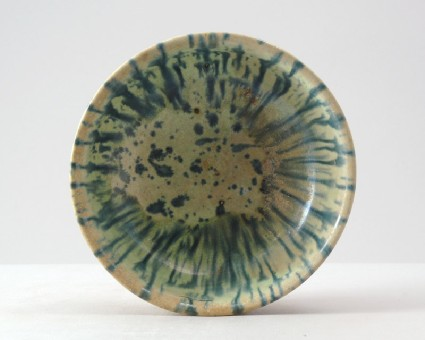 Bowl with blue splash decorationfront