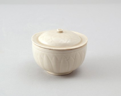 White ware bowl and lid with lotus petal decorationfront